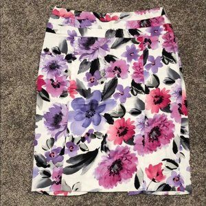 Dressbarn Floral Pencil Skirt